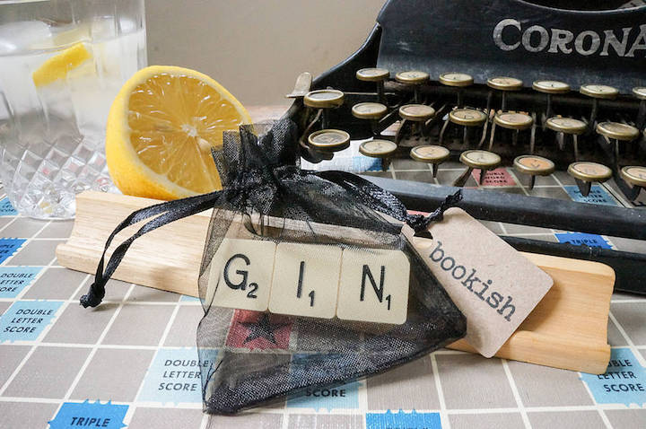 original_gin-vintage-scrabble-tile-brooch