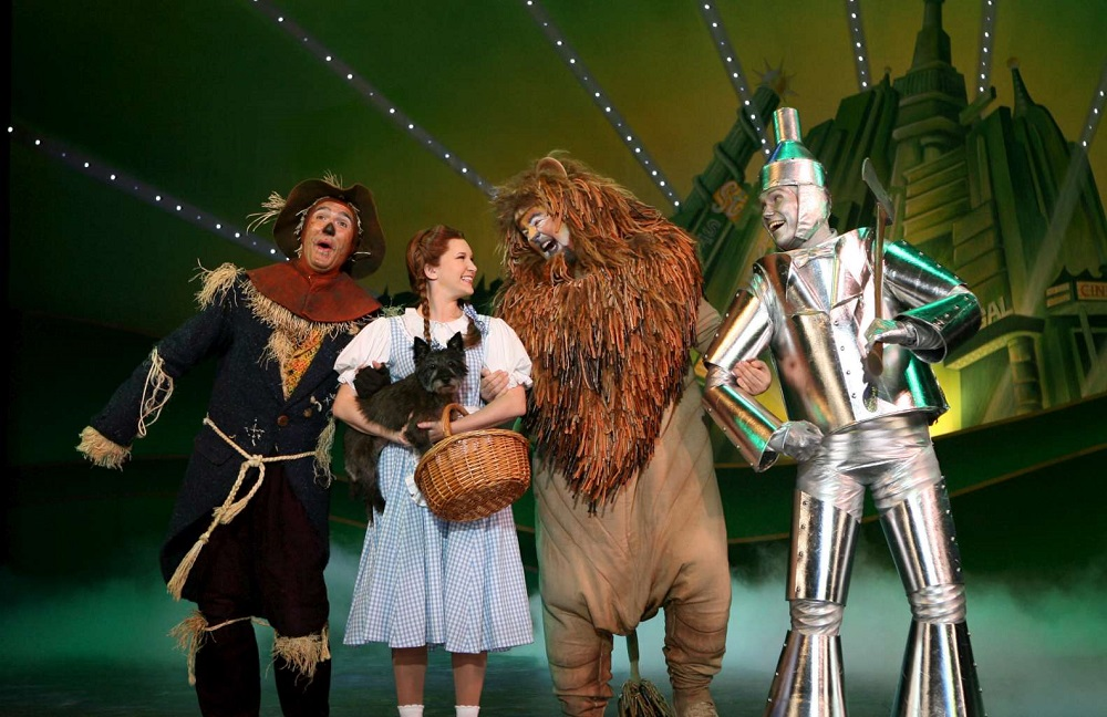 Wizard of Oz theatre tour with Dorothy